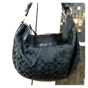 💕 Coach black xl fabric patent leather hobo bag💕